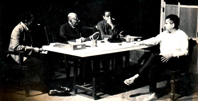 Uddhvasta-Dharmashaala--Dr.-Lagoo...-early-80's_edited.jpg
